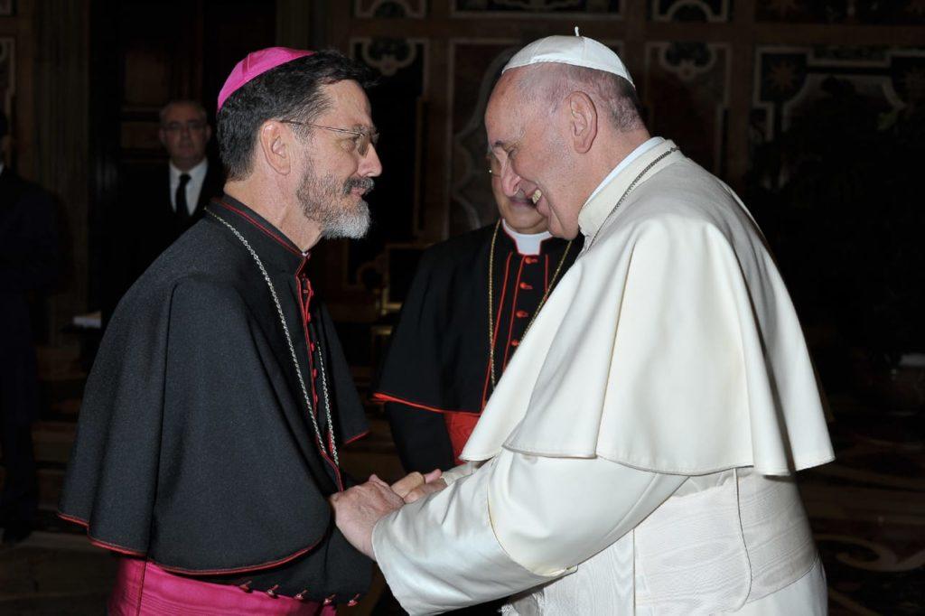 Mons. Luiz Fernando Lisboa con Papa Francesco