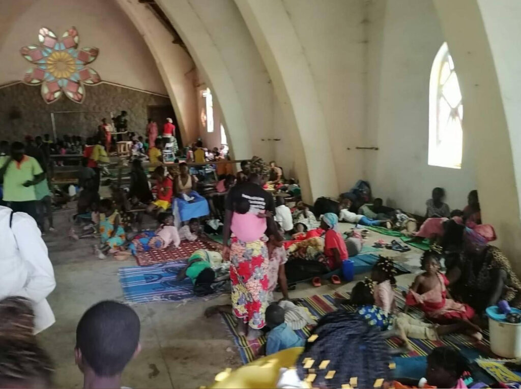 Centrafrica, rifugiati nella Cattedrale di Bouar
