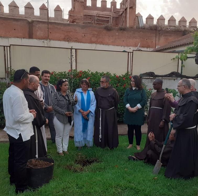 Frati Minori in Marocco, piantumazione di un albero nella Custodia Francescana